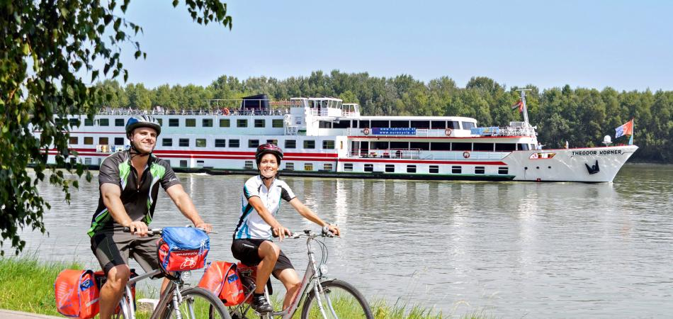Boat & Bike Tours